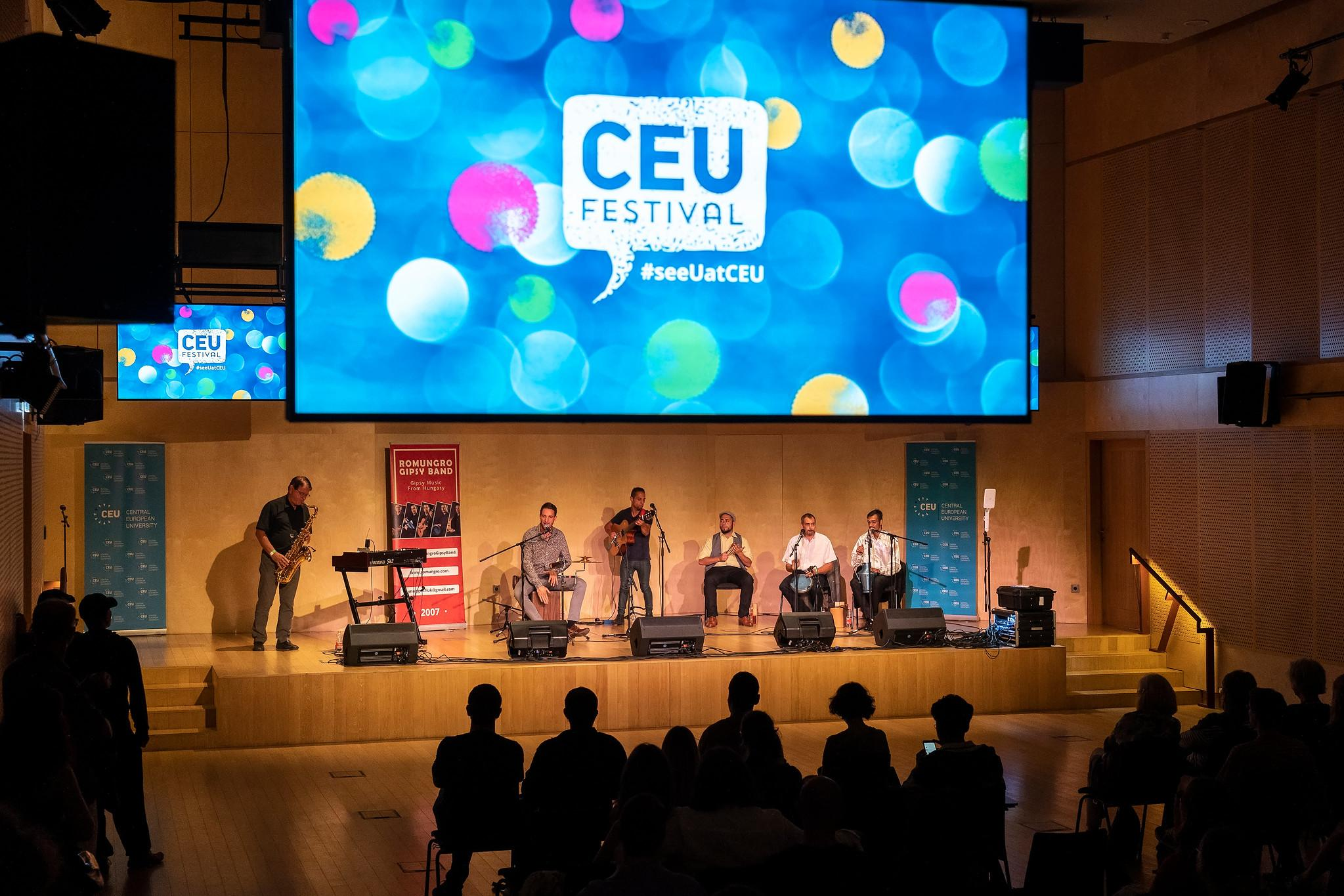 Romungro on stage - Photo: CEU
